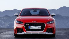 Nuova Audi TT RS: ha le prese d'aria maggiorate