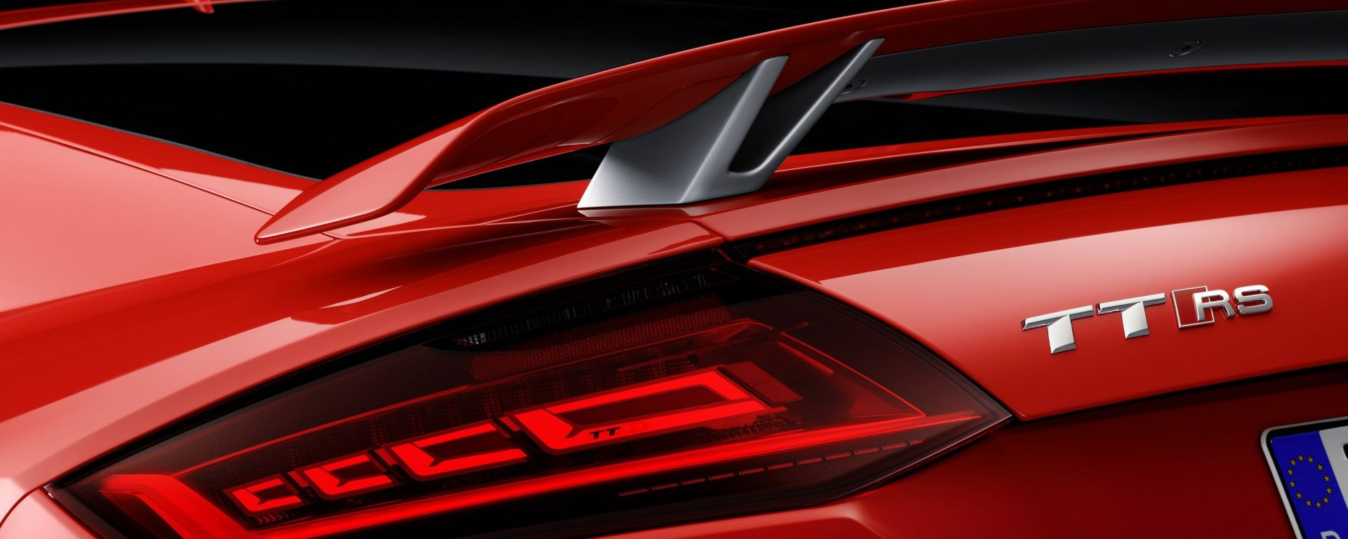 Nuova Audi TT RS luci Oled