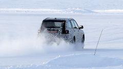 Nuova Aurus Komendant: le foto spia sulla neve della Scandinavia