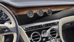 Nuova Bentley Continental GT 2018: lusso e tecnologia al top - Immagine: 19