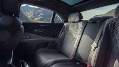 Nuova Bentley Flying Spur V8: gli interni, abitacolo posteriore