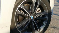 Nuova BMW 118i Sport DCT: i cerchi in lega leggera da 17