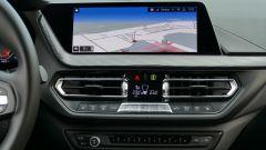 Nuova BMW 118i Sport DCT: il touchsreen del sistema infotainment