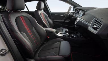 Nuova BMW 128ti: i particolari in rosso degli esterni si trovano anche nell'abitacolo