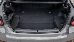 BMW 545e xDrive, Serie 5 plug-in hybrid si fa in 6 (cilindri) - Immagine: 9