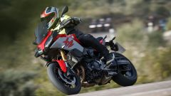 Nuova BMW F 900 XR: pacchetto opzionale Dynamic Pro con 4 riding mode
