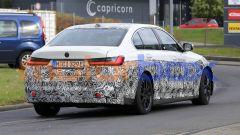 Nuova BMW i3: dietro, come davanti, ci sono fari full LED