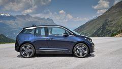 Nuova BMW i3S 2018: più potenza con la modalità Sport - Immagine: 5