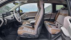 Nuova BMW i3S 2018: più potenza con la modalità Sport - Immagine: 14