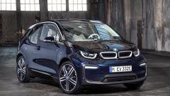Nuova BMW i3S 2018: più potenza con la modalità Sport - Immagine: 16