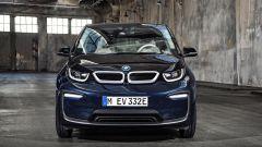 Nuova BMW i3S 2018: più potenza con la modalità Sport - Immagine: 20