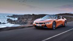 Nuova BMW i8 Roadster e Coupé 2018: più potenza e autonomia - Immagine: 5