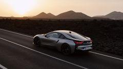Nuova BMW i8 Roadster e Coupé 2018: più potenza e autonomia - Immagine: 9