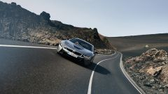 Nuova BMW i8 Roadster e Coupé 2018: più potenza e autonomia - Immagine: 10