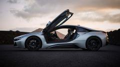 Nuova BMW i8 Roadster e Coupé 2018: più potenza e autonomia - Immagine: 30