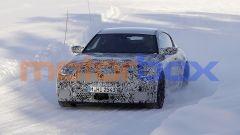 Nuova BMW M2 Coupé: un prototipo durante i test invernali in Scandinavia