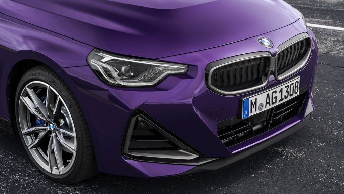 Nuova BMW M240i xDrive Coupé: il nuovo frontale
