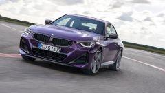 Nuova BMW M240i xDrive Coupé: sportiva compatta a trazione integrale