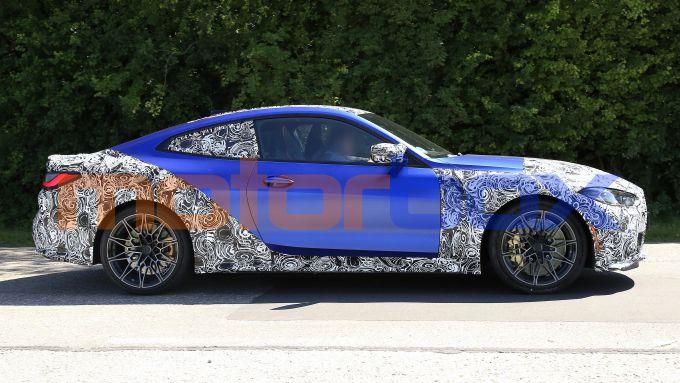 NUova BMW M4 Coupé 2020: cadono i veli e mostra il suo design