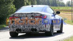 Nuova BMW M4 Coupé 2020: lato B massiccio e 4 tubi di scarico