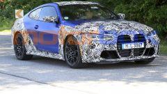 Nuova BMW M4 Coupé 2020: si svela lentamente
