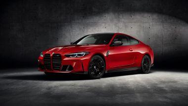 Nuova BMW M4 CSL: una M4 Competition vista di 3/4 anteriore