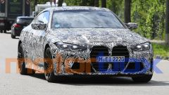Nuova BMW M4: visuale di 3/4 anteriore