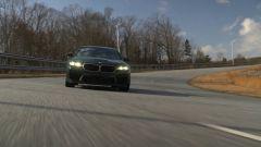 Nuova BMW M5 CS 2021 sul tracciato del BMW Performance Center, South Carolina