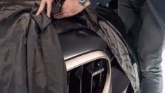 Nuova BMW M5 CS è dietro l'angolo. Che potenza! Video teaser - Immagine: 4