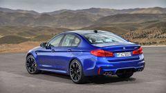 BMW M5 2018, da aprile anche il Competition Package. 625 cv - Immagine: 6