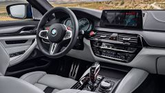 BMW M5 2018, da aprile anche il Competition Package. 625 cv - Immagine: 8