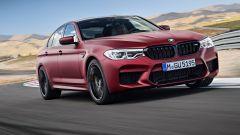 BMW M5 2018, da aprile anche il Competition Package. 625 cv - Immagine: 14