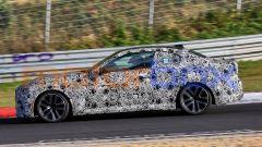 Nuova BMW Seri 2 Coupé: profilo equilibrato e corta