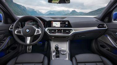 Nuova BMW Serie 3 2019, gli interni