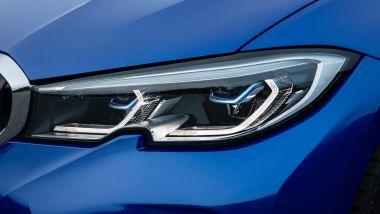 Nuova BMW Serie 2019, i fari anteriori