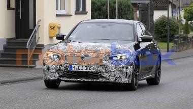 NUova BMW Serie 3: cambia poco fuori, ma più in abitacolo