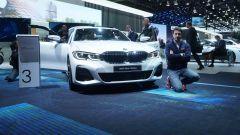 Nuova BMW Serie 3, il video dal Salone di Parigi 2018
