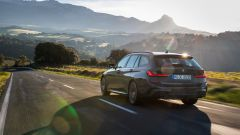 Nuova BMW Serie 3 Touring 2019: listino parte da 43.450 euro - Immagine: 19