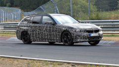 Nuova BMW Serie 3 Touring 2019: vista 3/4 anteriore