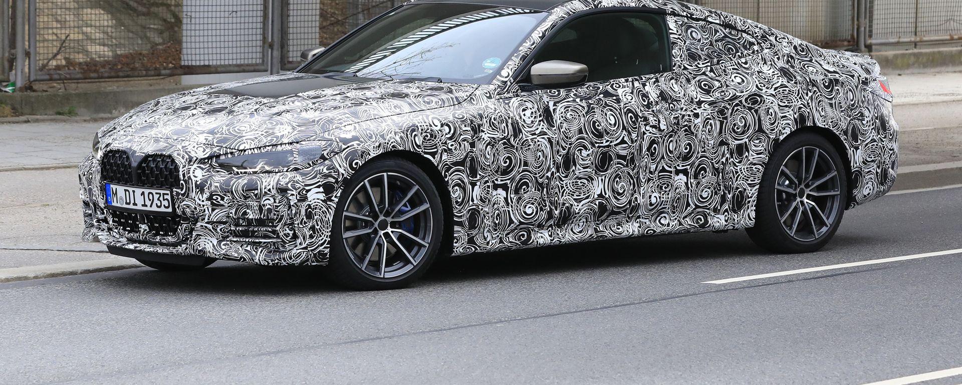 Nuova BMW Serie 4 Coupé: confermata la maxi clandra