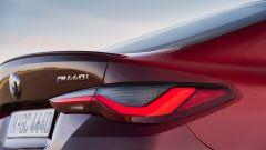 Nuova BMW Serie 4 Gran Coupé: i fari posteriori a LED e il piccolo spoiler sul cofano bagagli