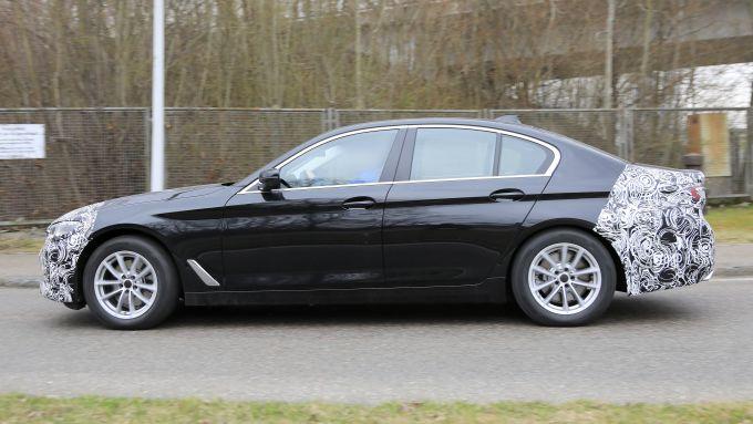 Nuova BMW Serie 5 2020: la berlina è quasi pronta per il lancio