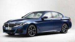 Nuova BMW Serie 5 restyling 2021: foto esterni e news sui motori