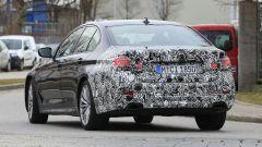 Nuova BMW Serie 5:  modificati i proiettori posteriori a LED