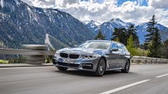Nuova BMW Serie 5 Touring 2017: la prova su strada