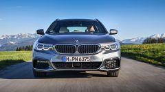 Nuova BMW Serie 5 Touring 2017: vista frontale