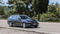 Nuova BMW Serie 5 Touring: in prova con le versioni 520d e 530d xDrive