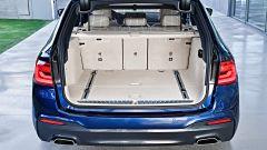 Nuova BMW Serie 5 Touring: la capacità minima del bagagliaio è di 570 litri