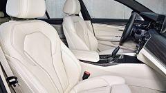 Nuova BMW Serie 5 Touring: l'abitacolo è più spazioso
