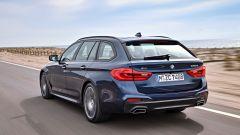 Nuova BMW Serie 5 Touring: vista 3/4 posteriore